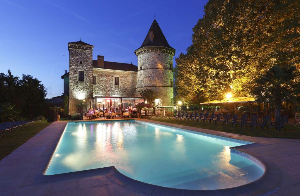 Experience Flights - Château Chapeau Cornu - Mont Blanc Hélicoptère Lyon